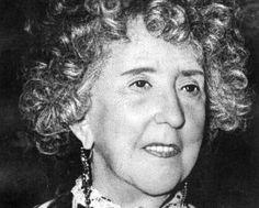 Concha Espina escritora y poetisa española n.en Santander en 1869+1955 en Madrid