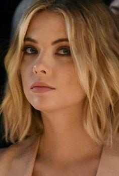 Actress anna benson — pic 1