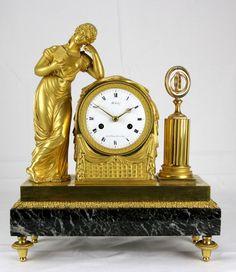 Empire Pendule Bronze vergoldet Kaminuhr um 1800 Michelez Paris Fadenaufhängung