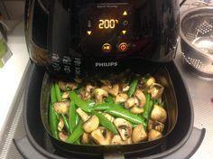 Biefstuk teriyaki met champignons & peultjes van the Philips Chef Diet Food To Lose Weight, Weight Loss, Actifry, Good Food, Yummy Food, Sous Vide, Air Fryer Recipes, Food Lists, Meal Prep