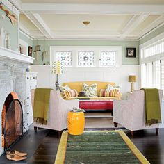 Love the color combo! And the fact it's a craftsman style home :)