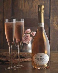 Natnic_pink_champagne photographed by Natasha Nicholson- ONE EYELAND