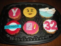 Cupcakes para el cumpleaños de una amiga de la infancia! Cada una, representa algo que las une!