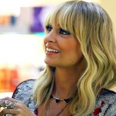 Google Image Result for http://www.stylequotidien.com/wp-content/uploads/2012/02/Nicole.Richie.pyramid.necklace.jpg