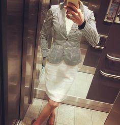 """Gefällt 47 Mal, 3 Kommentare - Bine kocht! (@bine_kocht) auf Instagram: """"#ootd #outfitoftheday #dress #dressedforsuccess #white #blackandwhite #black #airfield #armani…"""""""