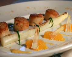 entrées raffinées gastronomique | recette-les-coquilles-saint-jacques-et-les-asperges-des-landes-2491251 ...