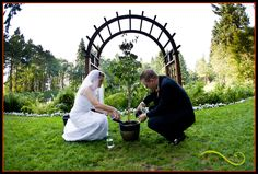 Unity Tree A very Northwest  twist on a unity candle at Bridal Veil Lakes   Lifestyle Wedding Photography  Portland, Oregon www.theartofjoy.biz
