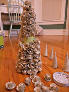 I need to make this tree using old dictionary pages and pearls