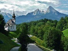 Schönes Berchtesgadener Land: Maria Gern gegen Watzmann von Wolfgang Weyland