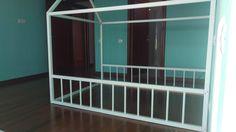 Montessori Bed, Stairs, Facebook, Mirror, Furniture, Home Decor, Stairway, Decoration Home, Room Decor