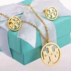 Tory Burch Set Jewelry $90