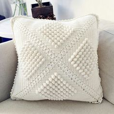 New crochet pillow case cushion covers patterns ideas Crochet Pillow Cases, Crochet Pillow Pattern, Knit Pillow, Crochet Shawl, Crochet Patterns, Blanket Crochet, Pillow Mat, Blanket Patterns, Cushion Cover Pattern