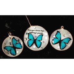 Allan-Herndon-Dudley syndrome (andreas-rares.eu) and who is as rare, beautiful and fragile as these butterflies. The quote about hope belongs to Christopher Reeve, best Superman forever. Thank you @lovemyrte for the butterflies!!! #copper #resin #butterfly #glowinthedark #pigment #pendant #earrings #jewelry #kobbertråd #harpiks #sommerfugl #anheng #ørepynt #handmade #håndlaget #superhero #morpho #hope #raredisease #allanherndondudleysyndrome