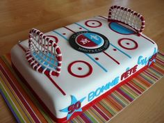 Hockey cake, but with a little alteration, could also be a. You are in the right place about Ice Hockey Cake Here we offer you the most beautiful picture Hockey Birthday Cake, Hockey Birthday Parties, Hockey Party, Sports Birthday, 7th Birthday, Birthday Cakes, Birthday Ideas, Hockey Cakes, Sport Cakes