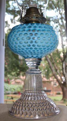C. 1889'S ANTIQUE EAPG HOBBS BLUE OPALESCENT COIN DOT WINDOW KEROSENE OIL LAMP