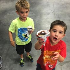 #Snowcones for the teeny peeps! | #hangarparty #airforcelife