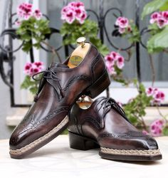 Purple Shoes, Green Shoes, Painting Leather, Derby Shoes, Tassel Loafers, Goodyear Welt, Penny Loafers, Luxury Shoes, Chelsea Boots