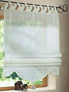 185 fantastiche immagini su tende tendaggi curtains curtains roman shades e sheer curtains - Finestre all inglese ...