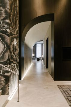 49 Beautiful Corridor Lighting Design For Perfect Hotel Ceiling Design, Wall Design, Hotel Corridor, Corridor Lighting, Corridor Design, Lobby Design, Dark Interiors, Commercial Interiors, Architectural Digest