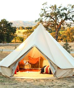 S.F.'s Glamping Gurus Show Us How To Entertain Outside In Style! #refinery29 http://www.refinery29.com/glamping-essentials