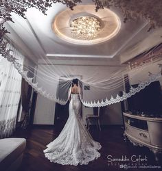 Hot Sale White/Ivory Applique Tulle 3 Meters Long Bridal Head Veils With Comb Wedding Accessories Lace Bridal Veil veu de noiva accessories veil Lace Bride, Bridal Lace, Bridal Comb, Wedding Veils, Wedding Bride, Boho Wedding, Wedding Ceremony, Bridal Portrait Poses, Vintage Wedding Hair