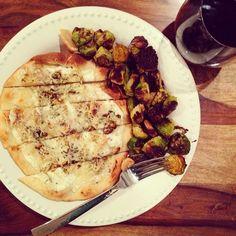 schue love: Roasted Cauliflower & Garlic Naan Pizza
