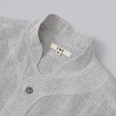 This is such a beautiful collar detail. Neck Designs For Suits, Neckline Designs, Dress Neck Designs, Collar Designs, Blouse Designs, Sewing Collars, Mens Kurta Designs, Only Shirt, Kurta Neck Design