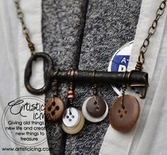 ButtonArtMuseum.com - Vintage Key and Buttons necklace #artisticicing