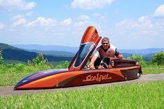 Bodrodz Doug Anderson sets WGSA Top Gravity Streamliner record with Atomic Scalpel! Soap Box Cars, Soap Boxes, Electric Cars, Electric Vehicle, Drift Trike, Luge, Speed Bike, Bike Design, Custom Cars