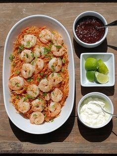 Pikante Nudeln mit Shrimp (Fideus seco)