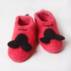 Handmade in Romania. Felted Wool Slippers, Shoes Handmade, Sheep Wool, Kids House, Romania, Wool Felt, Mickey Mouse, Leather, Baby Mouse