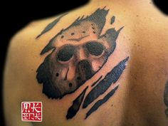 jason_voorhees_mask_tattoo_by_mkinkgr-d80g48o-2