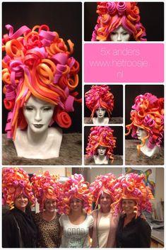 Costume Wigs, Costumes, Festa Monster High, Foam Wigs, Yarn Wig, Carnival Dress, Wig Hat, Queen Makeup, Halloween Carnival