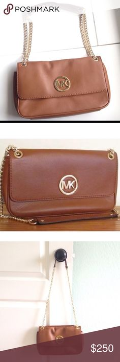 MK Fulton chain strap bag. Beautiful bag clean in and out Michael Kors Bags