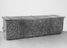 Chest, England, GB (or Scottish borders). 1495-1505. Carved and joined oak with iron fittings. Victoria & Albert Museum.