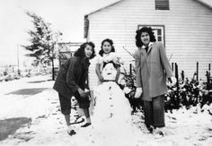 Building a snowperson in North Hollywood, 1949