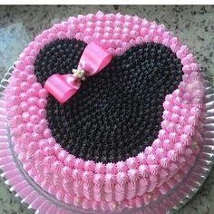 New Cake Desing Anniversaire Fille Ideas Minni Mouse Cake, Bolo Do Mickey Mouse, Bolo Minnie, Minnie Cake, Disney Mickey, Cake Decorating Techniques, Cake Decorating Tips, Fancy Cakes, Cute Cakes
