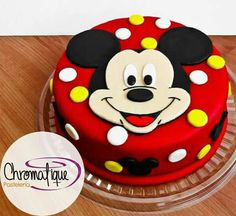 Adorable Mickey mouse cake only for Mickey lovers. Order this cake today and avail up to off. Bolo Do Mickey Mouse, Mickey And Minnie Cake, Fiesta Mickey Mouse, Bolo Minnie, Mickey Cakes, Mickey Mouse Parties, Minnie Mouse Cake, Mickey Party, Mickey Mouse Cake Images