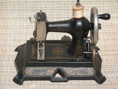 Muller 25 Cast Iron Toy Sewing Machine Very RARE | eBay