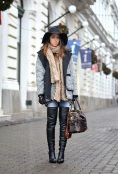 Living_in_aShoe: Ready to face the cold season Sexy Boots, Gloves Fashion, Fashion Boots, Thigh High Boots, Over The Knee Boots, Cute Fashion, Womens Fashion, Street Style Looks, Men Styles