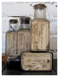 lovely old bottles Antique Glass Bottles, Apothecary Bottles, Altered Bottles, Vintage Bottles, Bottles And Jars, Perfume Bottles, Vintage Perfume, Pot Mason, Mason Jars