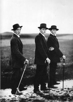 August Sander: Young farmers, 1914