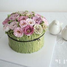 리시안셔스 플라워케이크  #플라워케이크 #플라워케이크클래스  #flowercake  #buttercream  #buttercreamdecorating  #cake