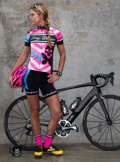 The performance jersey worn by Team Betty 2015 - BettyStyle™ luxe ultra-light polyester/Lycra© blend - fabric with hint of shimmer (bling), quick dry technology + SPF 30 - Race fit (form fitting) Poly Cycling Girls, Cycling Wear, Bike Wear, Cycling Outfit, Track Cycling, Women's Cycling Jersey, Cycling Jerseys, Betty Design, Female Cyclist