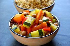 Bienvenue chez Spicy: Couscous de légumes et semoule au son d'avoine Plat Vegan, Fruit Salad, Spicy, Health, Food, Php, Gluten, Vegetarische Rezepte, Cooking Recipes