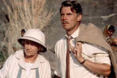 """Peggy Ashcroft and James Fox in """"A Passage to India"""" Peggy Ashcroft - Best Supporting Actress Oscar 1984 Martin Scorsese, Edward Fox, A Passage To India, David Lean, Alec Guinness, Fox Pictures, Supporting Actor, And Peggy, Indian Summer"""