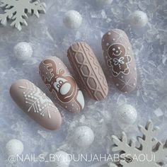 Nail art Christmas - the festive spirit on the nails. Over 70 creative ideas and tutorials - My Nails Xmas Nail Art, Cute Christmas Nails, Xmas Nails, Holiday Nails, Xmas Nail Designs, Cute Nail Art Designs, Stylish Nails, Trendy Nails, Crome Nails