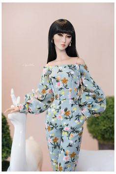 Welcome to Aquataliss Boutique, Were Aquatalis - Duo artists from Vietnam- have a Dolls beauty services and also selling OOAK Dolls as our joy in life. Hope you like our works Doll and other accessories are NOT INCLUDED You will recieve : + 01 Off Shoulder With Long Bubble Sleeve Pocket