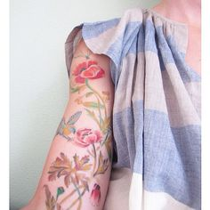 Vintage flower tattoo detail upper arm / photo taken by Petite Louise