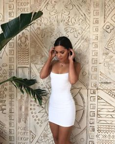 What a babe ☼ givin' us some weekend outfit inspo in our Cold Snap Bodycon Mini Dress Shop her dress online now! Dress Outfits, Fashion Dresses, Cute Outfits, Fashion Clothes, Dress Ootd, Picture Outfits, Fashionable Outfits, Ootd Fashion, Work Outfits